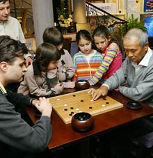 Bulgarians Go for Japanese Game of Go