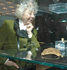 Sofia Shows Unseen Thracian Gold from Plovdiv