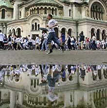 Sofia Students Join Marathon  for Health