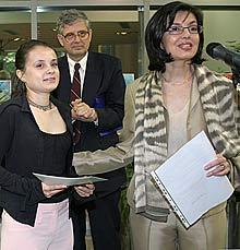 Bulgaria Hands Out Pioneer Ilko Eskenazi Awards