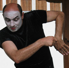 Bulgarian Mime Performs to Beat Own Guinness Record