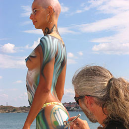 Best Dragon Body Painting On Women Body