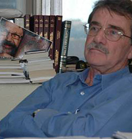 Son of Bulgarian Emigrant Runs for Venezuela President