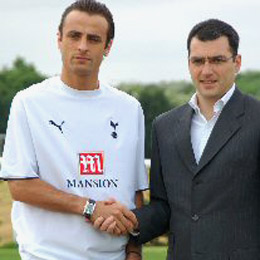 Tottenham Signs Berbatov for EUR 16 M