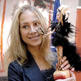 Bulgaria: Bulgarian Designers Dress Up Barbie for Blondes Week