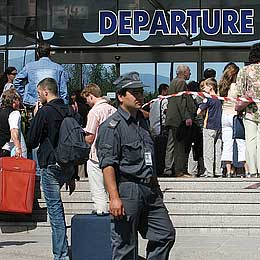 Bulgaria: ID Cards - All Bulgarians Need to Travel in EU