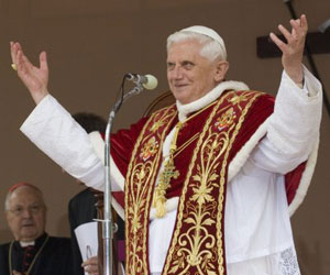 Bulgaria: Pope Benedict XVI Receives Bulgarian Delegation on Cyrillic Alphabet Day