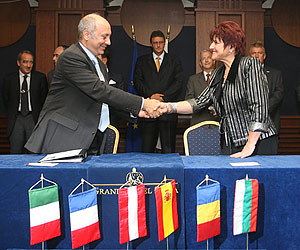 Bulgaria: Bulgaria Signs EUR 198,1 M Railway Infrastructure Deals