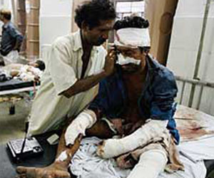 Bombings Kill 80 in Western India: Bombings Kill 80 in Western India