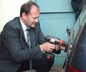 Bulgaria Interior Minister Kicks off Issuing of Bulgarian EU License Plates: Interior Minister Kicks off Issuing of Bulgarian EU License Plates