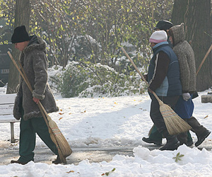 Ice and Snow Continue to Cripple Bulgaria: Ice and Snow Continue to Cripple Bulgaria