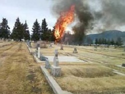 US US Plane Crashes into Montana Cemetery Killing 17: US Plane Crashes into Montana Cemetery Killing 17