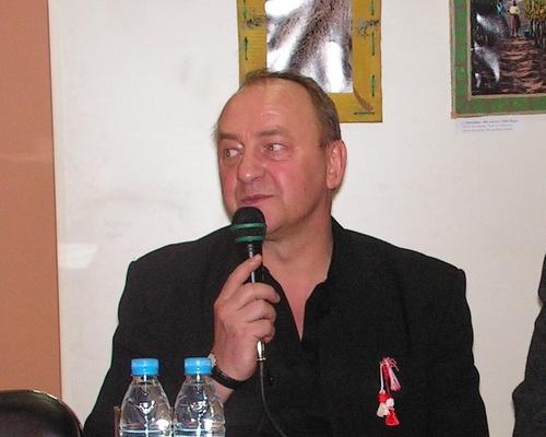 Bulgaria Polish Writer Janusz Leon Wisniewski Loneliness on the Net, Ciela Soft & Publishing: Polish Writer Janusz Leon Wisniewski