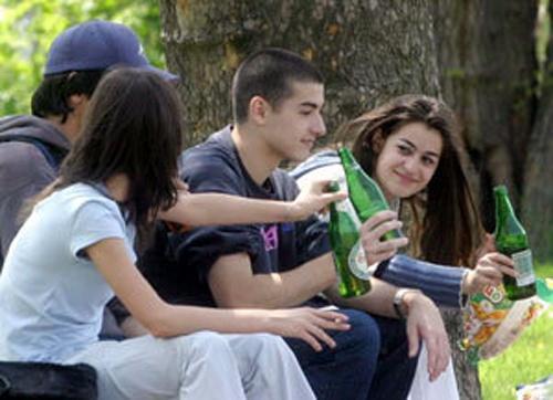 Bulgaria Bulgaria School Students More Drunk Than EU Colleagues: Bulgaria School Students More Drunk Than EU Colleagues