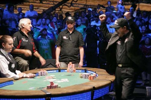 Ameture strip poker