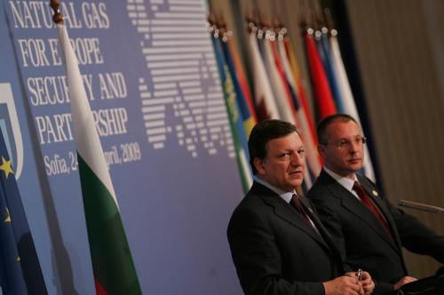 Bulgaria PM First EU Leader to Endorse Barroso's Second EC President Mandate: Bulgaria PM First Eastern EU Leader to Endorse Barroso for Second Term