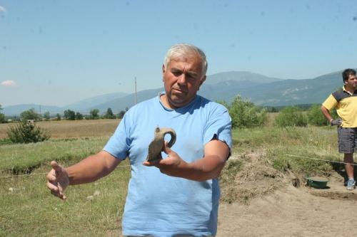 Bulgaria: Bulgaria Archaeologists Uncover Bronze Age Sanctuary