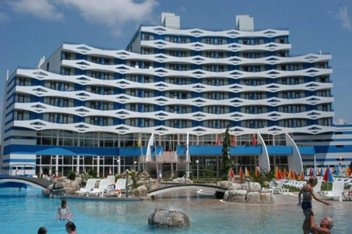 Bulgaria Top Resort Sunny Beach Fully Booked Despite Crisis - Novinite ...