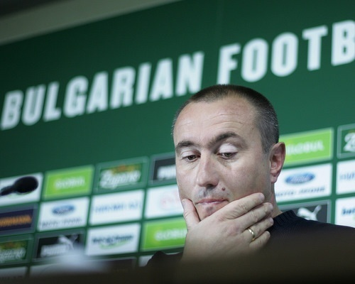 Bulgaria: Bulgaria's Coach Stoilov Quits Litex Lovech