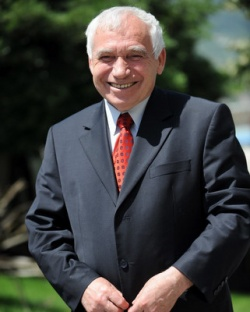 Bulgaria: Former Bulgarian President Zhelyu Zhelev: Bulgaria Needs Strong Executive, Not Strong Hand