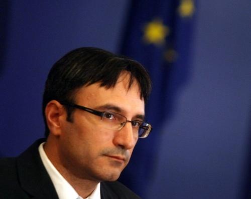 Bulgaria High Level Energy Policy War Heats up: Bulgaria High Level Energy Policy War Heats up