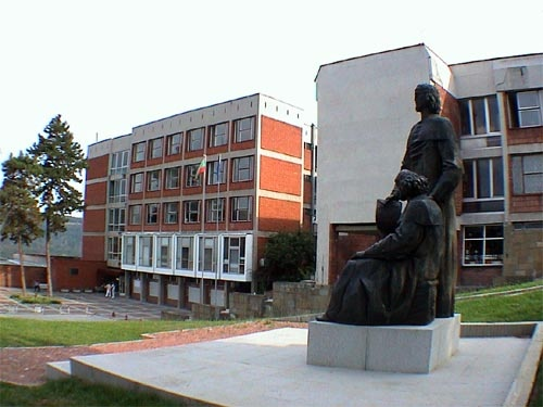 Bulgaria: Dutch Studies Professor Bagrelia Borisova: Bulgarians, Dutch Don't Have Much in Common