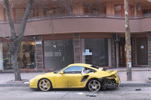 Bulgaria Porsche Sports Car Blasted In S Second City Plovdiv