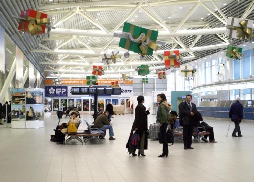 Bulgarians' Travels Slump in 4Q 2009 over Crisis: Bulgarians' Travels Slump in 4Q 2009 over Crisis