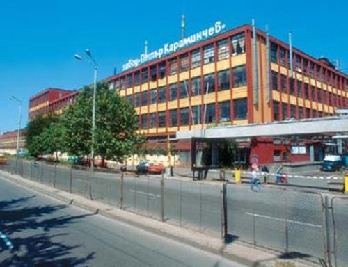 Bulgaria: Falling Concrete Block Kills Thief, Injures Colleague