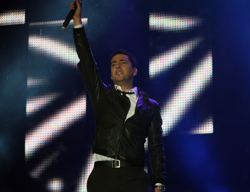Bulgaria: Serbian Singer Sweeps 1st Balkan Music Awards in Bulgaria