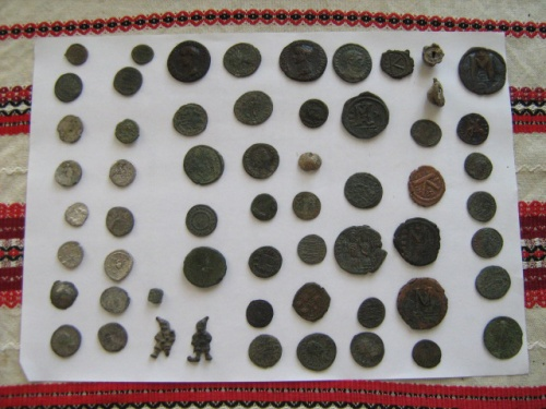 Bulgarian Police Bust Priest for Illegal Antique Trading: Bulgarian Police Bust Priest for Illegal Antiques Trading