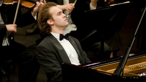 Bulgaria: Bulgarian Pianist Wins 2nd Prize in Prestigious Belgian Contest