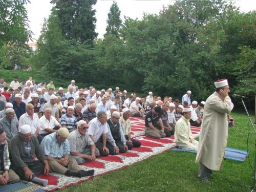 Bulgaria: Demand for Veiling Bulgarian Muslim Women Suffers Another Blow