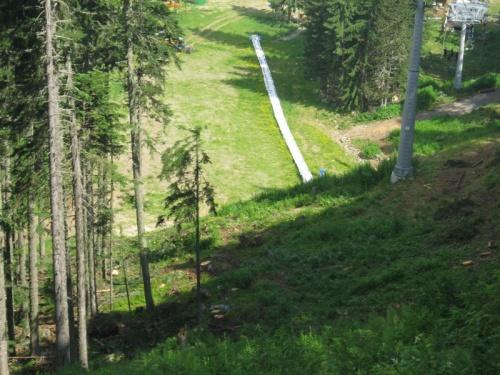 Bulgaria: Bulgarian Eco Ministry Stops Controversial Ski Lift Repair
