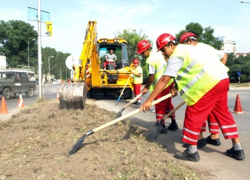 Bulgaria Launches Mass Road Renovation: Bulgaria Launches Mass Road Renovation