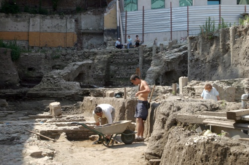 Bulgarian Archeologists Uncover Trojan War Burial Sites: Bulgarian Archeologists Uncover Trojan War Burial Sites