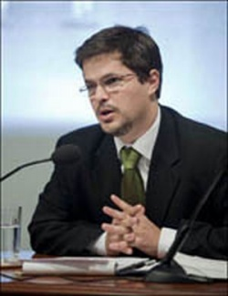 Bulgaria: Brazilian Political Analyst Joao Augusto de Castro Neves: Dilma Rousseff Will Not Be Lula's Medvedev