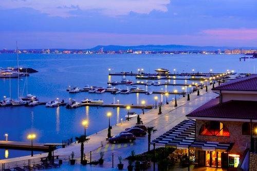 Marina casino 16