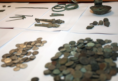 Bulgaria with 50 000 Illegal Antiques Collections: Bulgaria with 50 000 Illegal Antique Collections