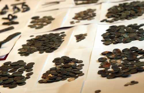 Bulgarian Police Bust Illegal Medieval Coins Auction: Bulgarian Police Bust Illegal Medieval Coins Auction