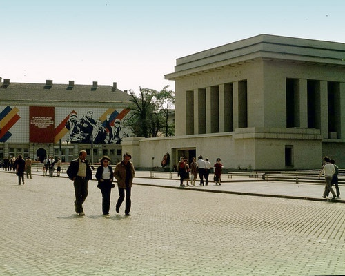 Bulgarian Culture Minister Mulls Museum of Totalitarian Art: Bulgarian Culture Minister Mulls Museum of Totalitarian Art