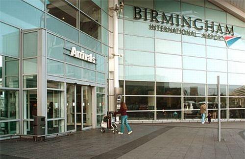 plane crash shuts birmingham airport sofia news agency. Black Bedroom Furniture Sets. Home Design Ideas