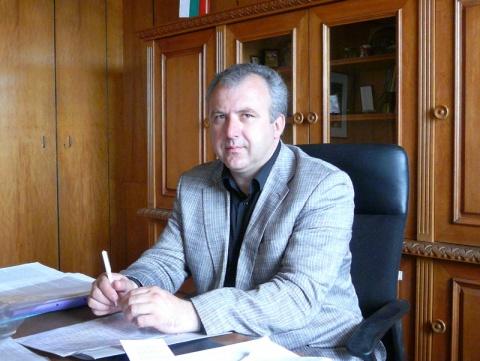 Cabinet Bill Keeps Bulgarians Abroad 'in Dark': Cabinet Bill Keeps Bulgarians Abroad 'in Dark'