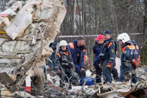 Bulgaria: Russia: Drunk Polish Official Responsible in Kaczynski Crash