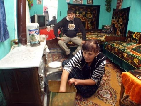 Bulgarian Roma Prepare for New Year's Eve: Bulgarian Roma Prepare for New Year's Eve