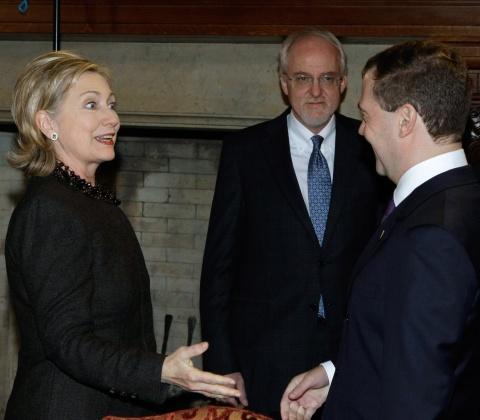 Bulgaria: US Strategy to Shape Bulgaria's Military Modernization - Wikileaks