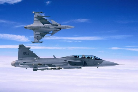 Bulgarian Defense Chief Gets Saab Offer on Gripen Fighter