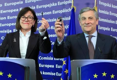 Bulgaria: EU Unveils Bulgaria-Initiated Common Mobile Phones Charger