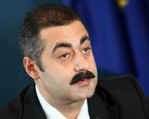 Ousted Health Minister Bozhidar Nanev: I Am Facing Charges for Serving Bulgaria by Following the Law: Ousted Health Minister Bozhidar Nanev: I Am Indicted for Serving Bulgaria and Following the Law