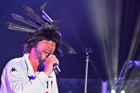 Bulgaria: Jamiroquai May Stage Gig at Bulgarian Music Festival